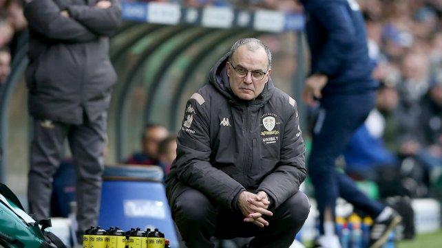 Festival de fútbol y goles del Leeds de Bielsa: goleó 4-0 al Burnley y se ilusiona con la Europa League