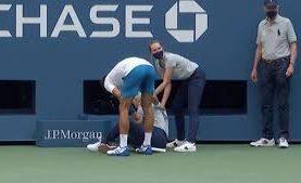 Novak Djokovic fue descalificado del US Open por haberle pegado un pelotazo a una jueza de línea