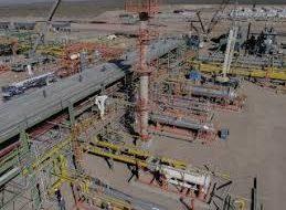 La petrolera de Paolo Rocca no pudo pagar deudas por el cepo del Central