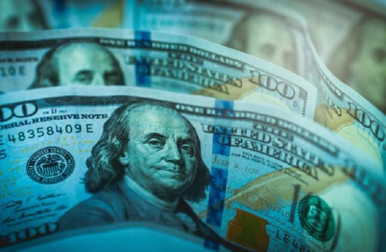 La cotización del dólar libre subió a $161 y la brecha cambiaria volvió a superar el 70%