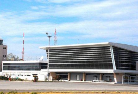 Paro total del personal Aeronáutico del Aeropuerto de Neuquén
