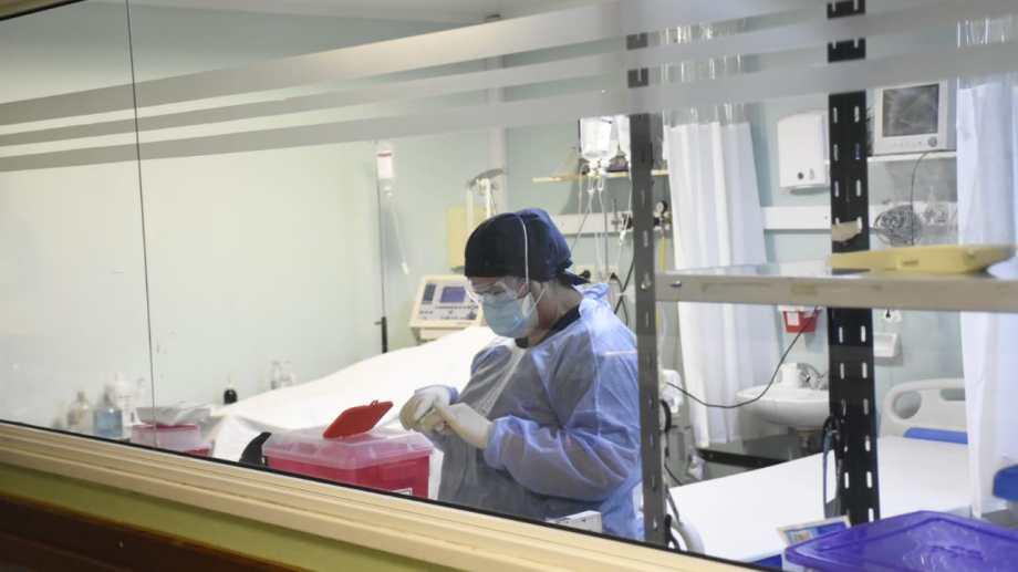 Río Negro informó cinco muertos y 346 casos nuevos de coronavirus