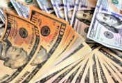 Dólar hoy: la cotización libre subió a $147 y el BCRA se quedó con USD 100 millones por su intervención cambiaria