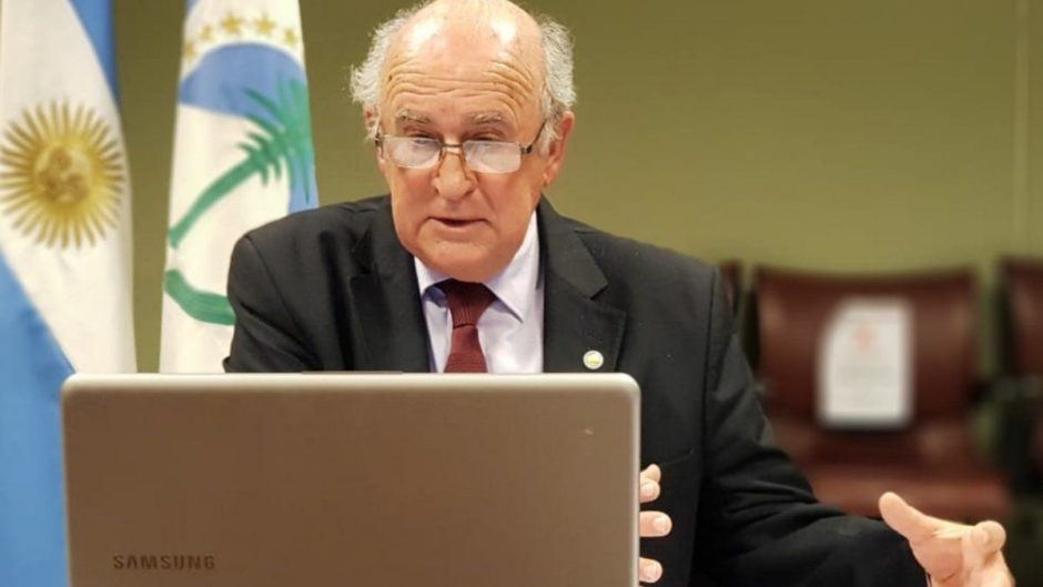 Oscar Parrilli planteó que hay que elevar la presión fiscal sobre las grandes fortunas y ganancias