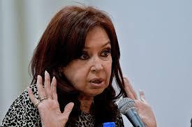 Cristina Kirchner volvió a criticar el gobierno de Mauricio Macri y respaldó la vacuna rusa
