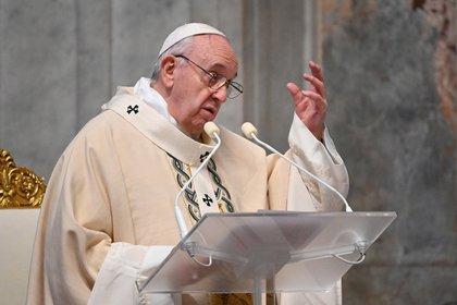"""Francisco pidió una """"revolución copernicana"""" en la economía mundial para la pospandemia"""