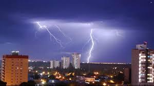 Alerta de tormentas eléctricas y chaparrones para toda la región