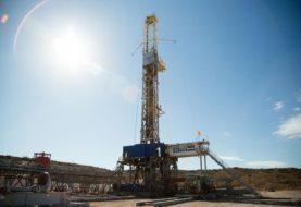 Advierten de que se va a consumir más petróleo del que se está produciendo este año