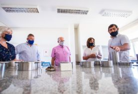 Carreras entregó un aporte a la UNRN para el desarrollo de tecnología en materia alimentaria