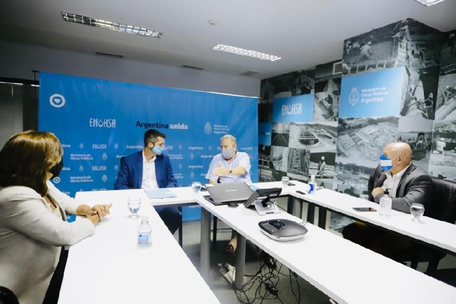Carreras gestionó ante Nación la pronta licitación de obras de agua en Roca, Viedma y Catriel