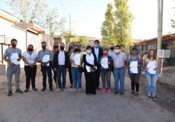 Gaido regularizó tierras para 700 familias de Toma Norte