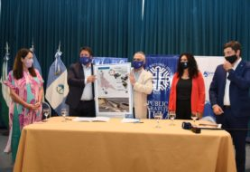 Gaido suscribió con la UNCo un convenio para desarrollar el destino de 8.000 hectáreas en la meseta