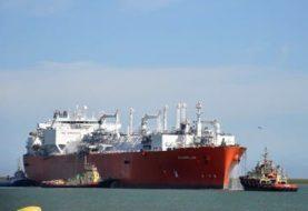 El Gobierno convoca a una licitación para traer de nuevo el buque regasificador a Bahía Blanca