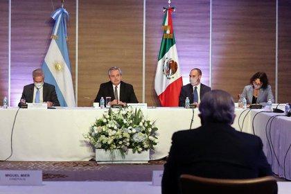 """Alberto Fernández, ante empresarios en México: """"Somos socios, quiero que ganen plata, que den trabajo y que paguen impuestos"""""""