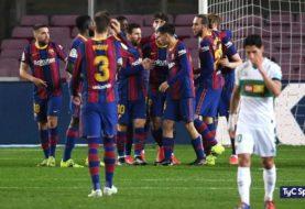 El Barcelona goleó al Elche en el Camp Nou y se acerca al Atlético de Madrid