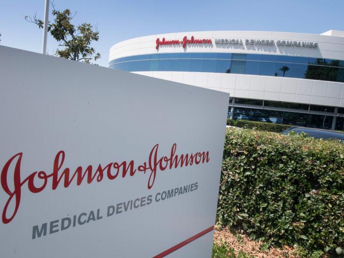 Johnson & Johnson solicitó a la OMS la aprobación de emergencia de su vacuna contra el COVID-19