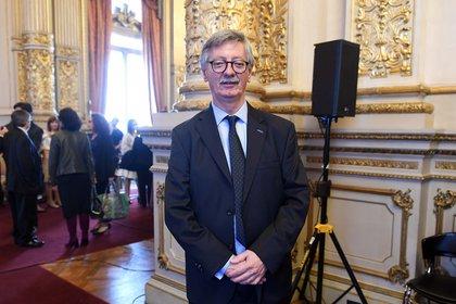 Presiones a la Justicia –  El fiscal Eduardo Taiano rechazó la intimación de ANSeS y sigue en la investigación por el Vacunatorio VIP