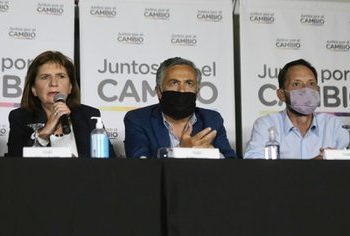 Vacunatorio VIP: Juntos por el Cambio exigió que Cafiero y Vizzotti den explicaciones en el Congreso y pidió auditar las compras de las vacunas