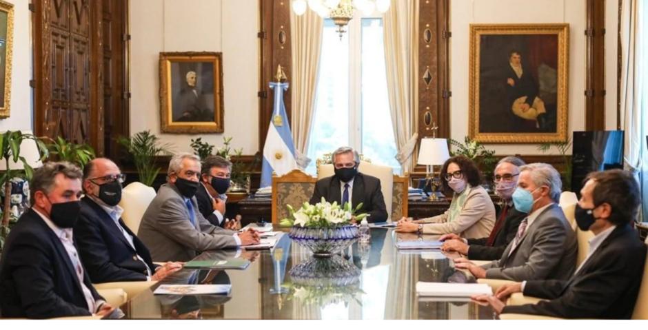 Alberto Fernández le aseguró a la Mesa de Enlace que no subirá las retenciones ni intervendrá los mercados