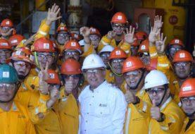 Pemex produce 1,7 millones de barriles diarios en 2020 y finaliza 15 años de caídas en la producción de crudo