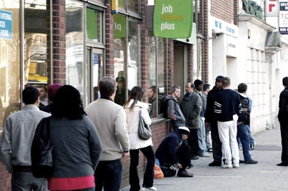 Casi dos millones de personas quedaron desempleadas o suspendidas durante la pandemia