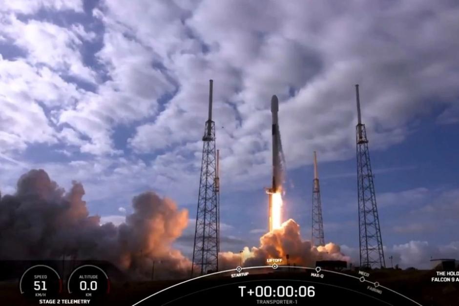 Empresa argentina firmó un acuerdo con SpaceX para lanzar sus satélites