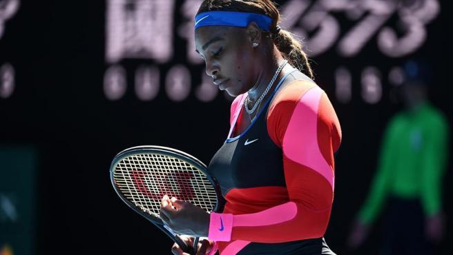 Naomi Osaka venció a Serena Williams y avanzó a la gran final del Abierto de Australia
