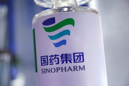 Parte un nuevo vuelo a China en busca de 1 millón de dosis más de Sinopharm
