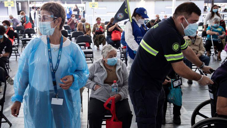 Chile inmunizó a más de 556 mil personas
