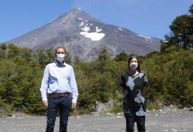 En Neuquén se inauguró el sistema de monitoreo en tiempo real del volcán Lanín