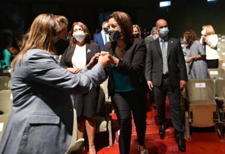 Discurso apertura: Carreras anunció la construcción de 1.579 casas y servicios para 2.400 lotes