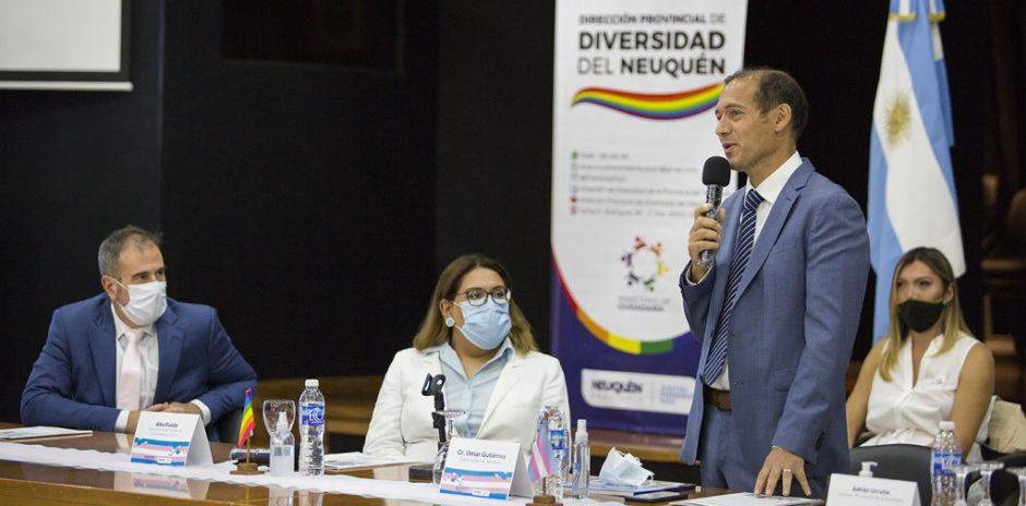 Gutiérrez presidió la conformación de la mesa Interministerial para personas trans