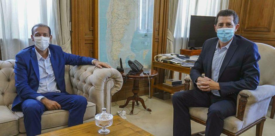 Ofephi: Gutiérrez propuso un plan de desarrollo federal para la producción de gas y petróleo al ministro del interior
