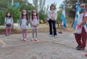 Emotivo inicio del ciclo lectivo en la escuela primaria N°267 de Arroyito