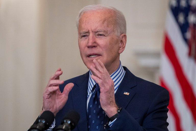 """Joe Biden acusó a China de """"proteger"""" a los autores de ciberataques"""