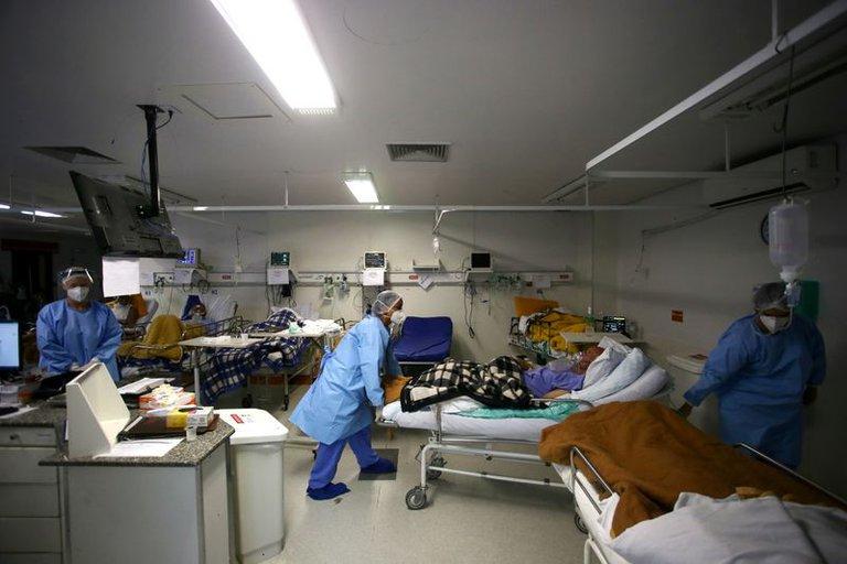 Brasil registró 2.815 nuevas muertes por COVID-19 en las últimas 24 horas y superó las 290.000