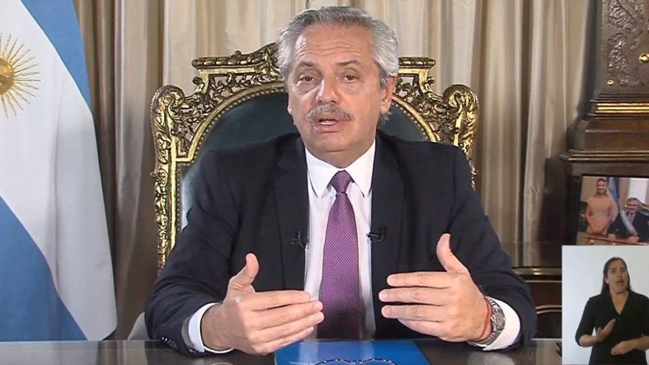 En cadena nacional Alberto Fernández reconoció la demora en la llegada de vacunas