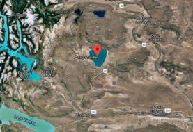 Tres kayakistas murieron y sigue la búsqueda de un bombero en el lago Cardiel