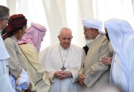 """El papa Francisco denunció """"la inaceptable desigualdad en el mundo"""" en su primera misa en Irak"""
