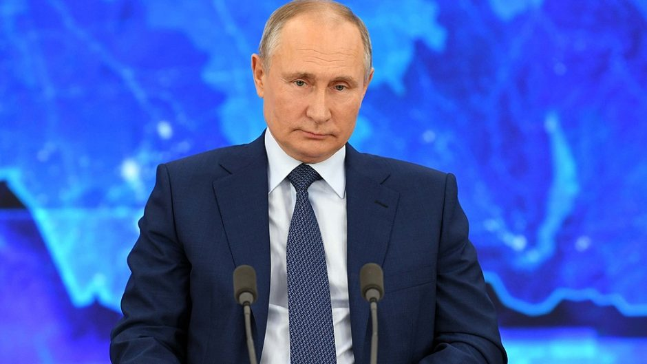 Vladimir Putin anunció que enviarán cargamentos regulares de la vacuna Sputnik V a la Argentina
