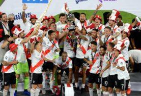 River goleó 5-0 a Racing en Santiago del Estero y se quedó con la Supercopa Argentina