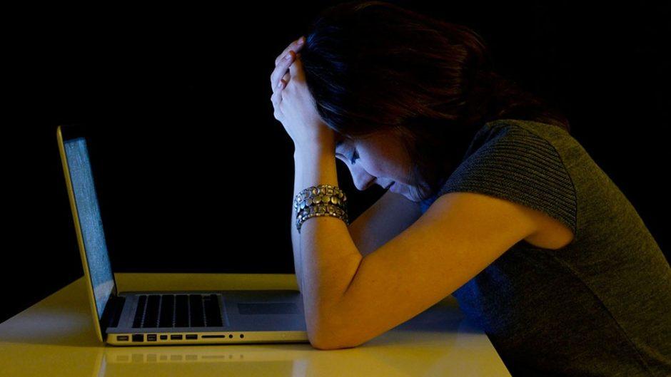 El 73% de mujeres periodistas fueron víctima de ciberviolencia