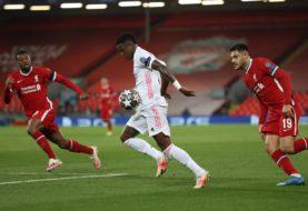 El Real Madrid eliminó al Liverpool en Anfield y avanzó a la semifinal de la Champions League