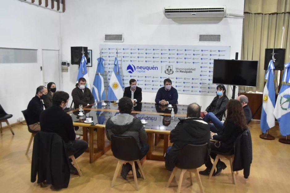 El intendente de Neuquén recibió a empresarios del sector turístico para potenciar actividades en la ciudad