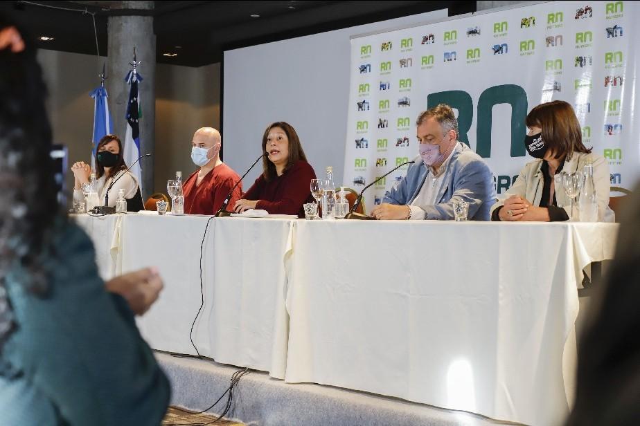 COVID19: Carreras anunció medidas restrictivas por 15 días para Bariloche y Dina Huapi