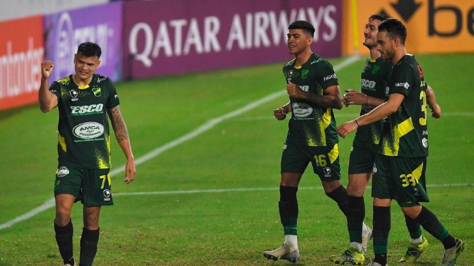 Copa Libertadores: Defensa y Justicia goleó a Universitario de Perú  El Halcón de Varela se impuso por 3 a 0 con goles deFrancisco Pizzini yWalter Bou, en dos oportunidades.