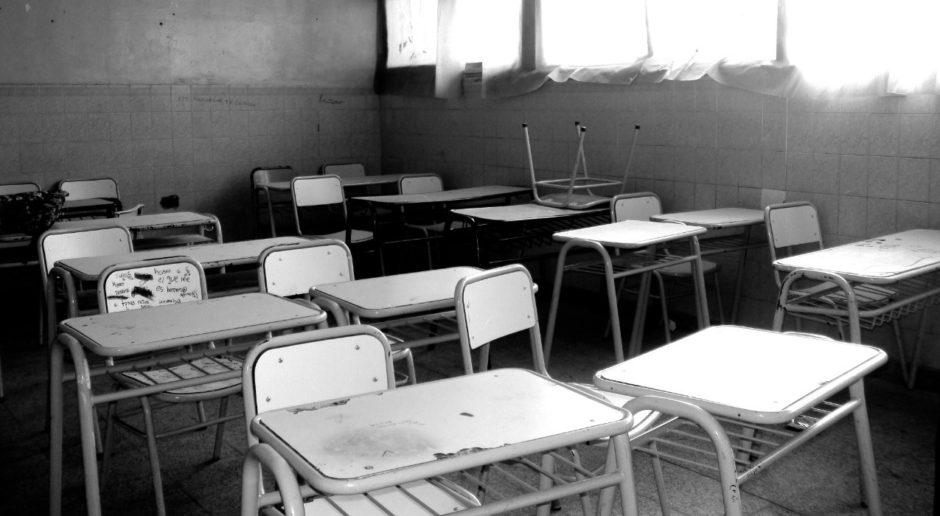 El Gobierno nacional presentó ante la Corte los argumentos que respaldan al DNU sobre las clases