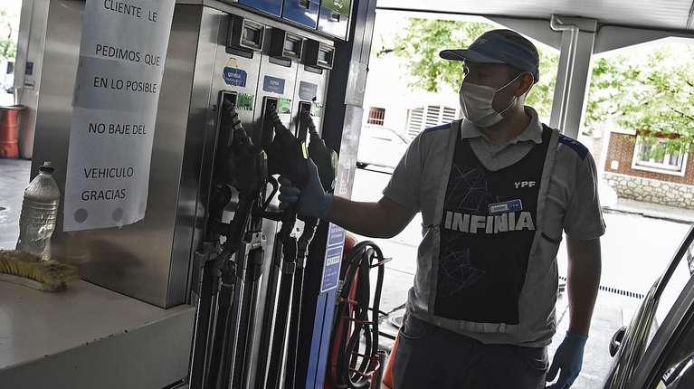 Cuáles son los aumentos que se vienen en mayo y cómo impactarán en el bolsillo de los argentinos