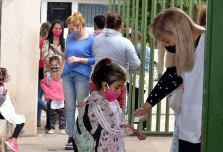 Neuquén: por el alerta de tormentas, suspendieron las clases en localidades de Confluencia