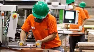 El Gobierno extenderá la prohibición de despidos hasta el 31 de mayo pero exceptuará al sector de la construcción
